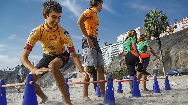 Nivel pre intermedio aprender a Surfear Perú