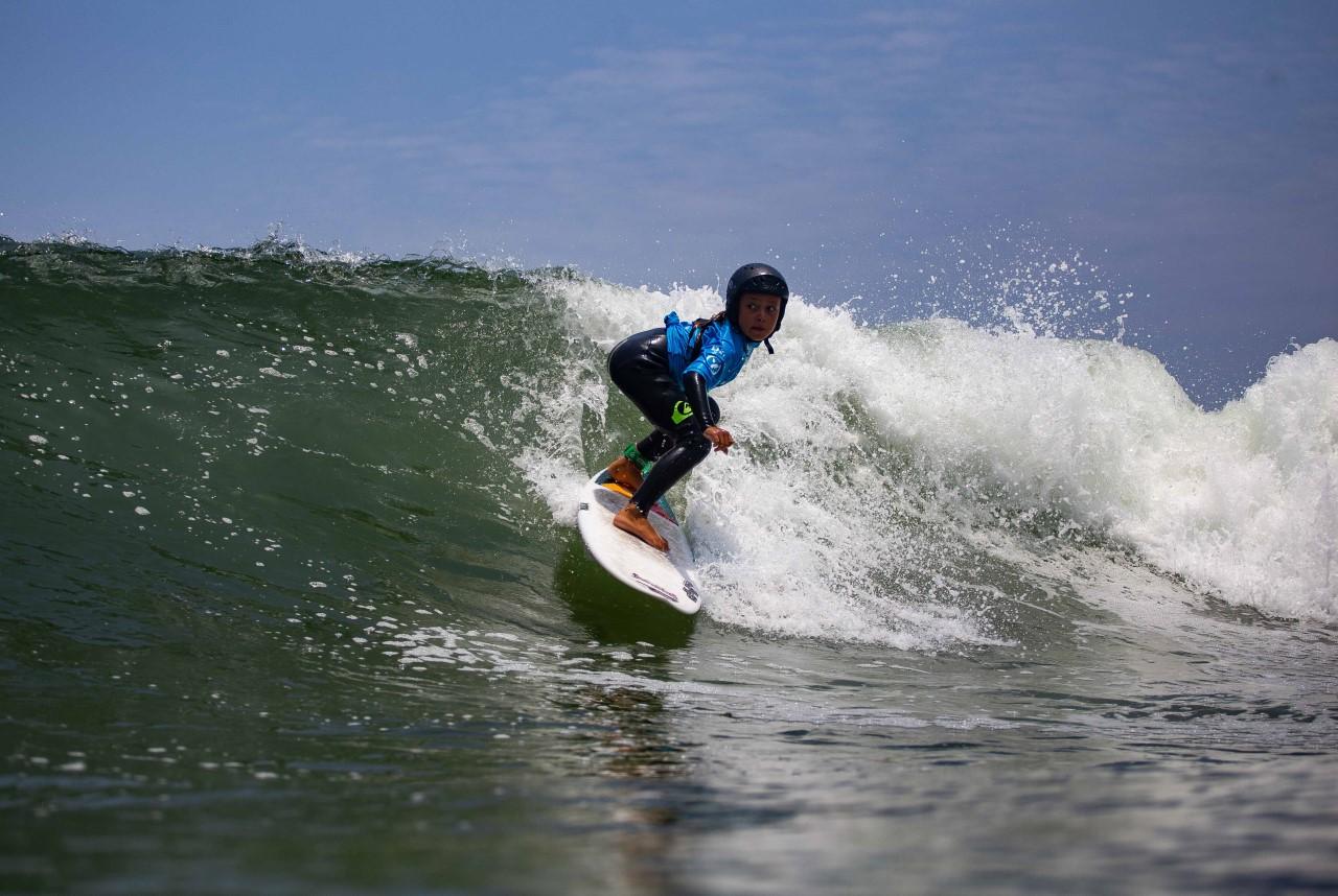 Castañeda y Barthelmess triunfan en Semillero de Surf en San Bartolo