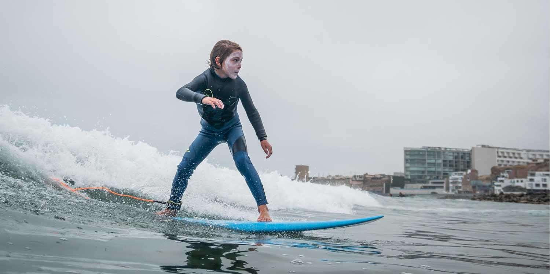 Clases de surf en Lima